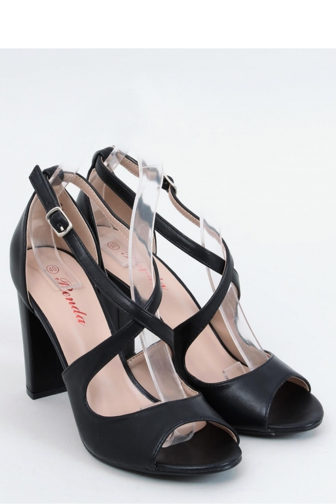 Sandale cu toc gros Model 153962 Inello negru