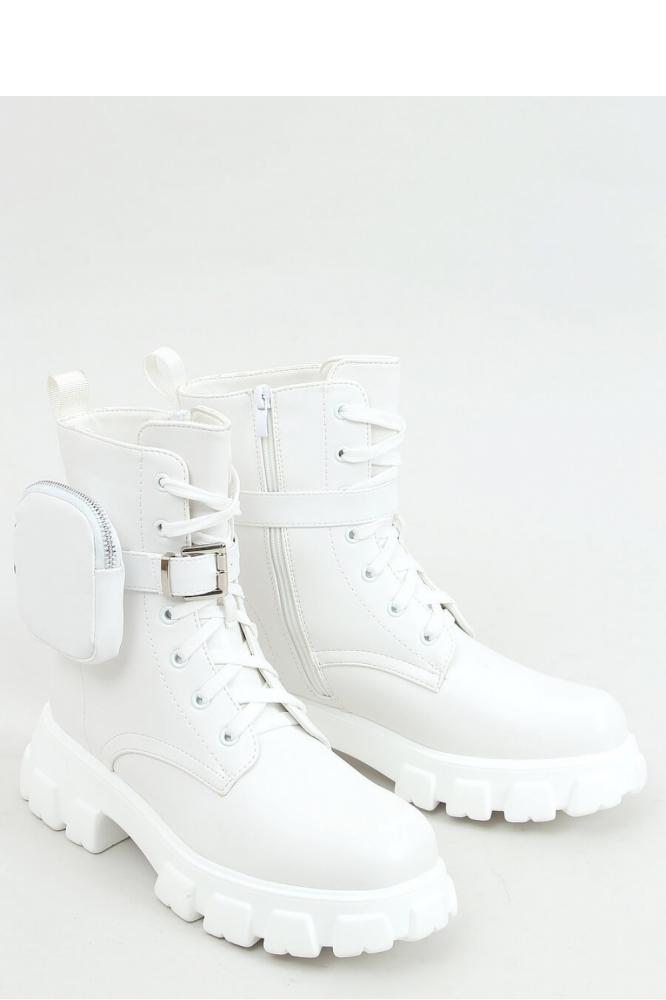 Ghete cu platforma Model 157976 Inello alb